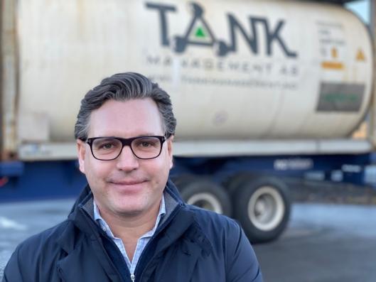 SKAFFET TINE: André Nordbø, daglig leder i Tank Management, rådet Tine til å frakte sine eplejuicer med Color Lines intermodale rute fra Verona til Oslo.