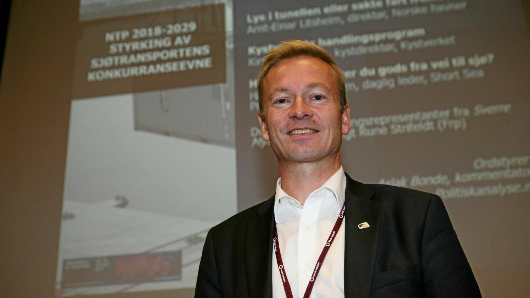 - Veien den viktigste infrastrukturen for et operativt transportnett, sier leder Helge Orten (H) i Stortingets transportkomité. Foto: Per Dagfinn Wolden