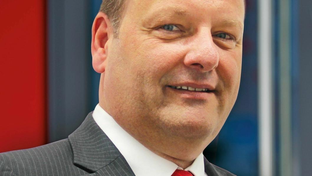 Thomas Purschke (50) er ansatt som salgsdirektør for Kögel i landene Norge, Sverige, Finland, Danmark og Storbritannia. Foto: Kögel