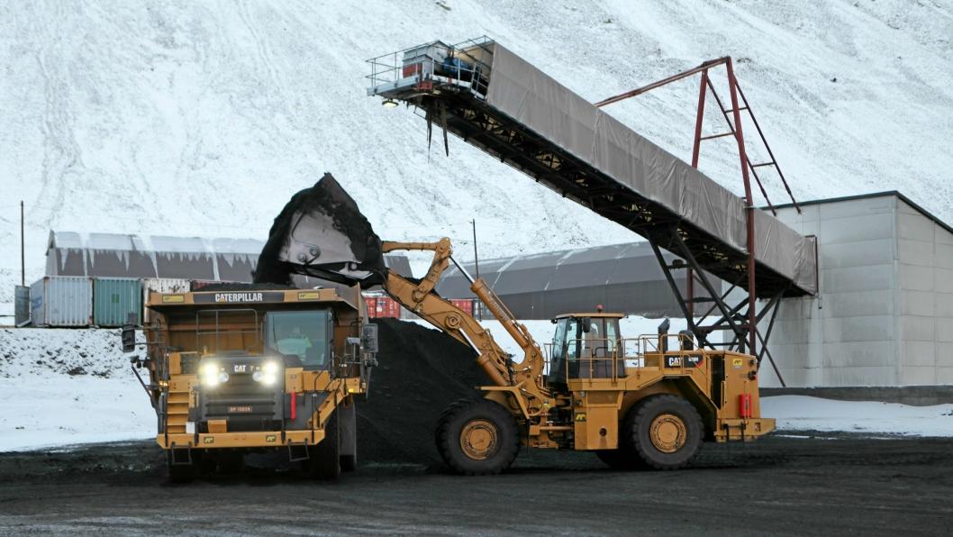 Nå skal det ryddes opp i Svea- (bildet) og Lunckefjellgruveområdene. Bildet er fra 2014.