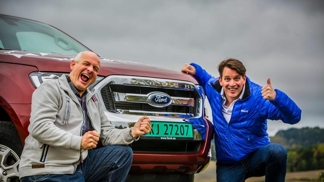 Knut Wilthil (t.v.) og Henrik Borchgrevink kjørte 1616 km med en Ford Ranger.