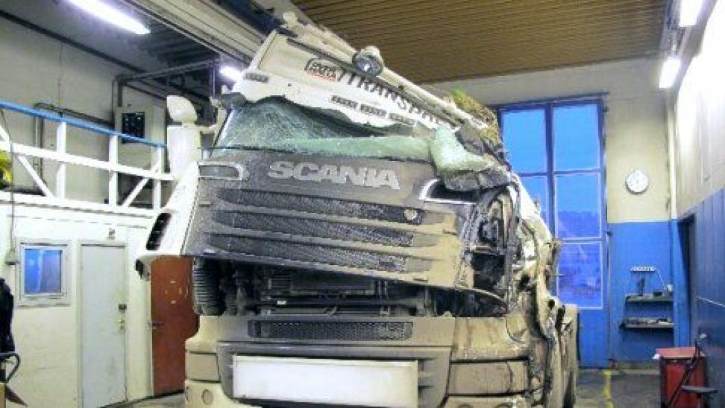Trekkvogna etter dødsulykken på fylkesvei 770 i Nærøy.