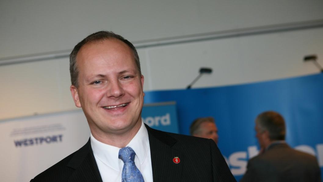 Samferdselsminister Ketil Solvik-Olsen og Samferdselsdepartementet ber nå Statens vegvesen opprette en ekspertgruppe som skal kvalitetssikre kostnadsstyringen i store prosjekter.