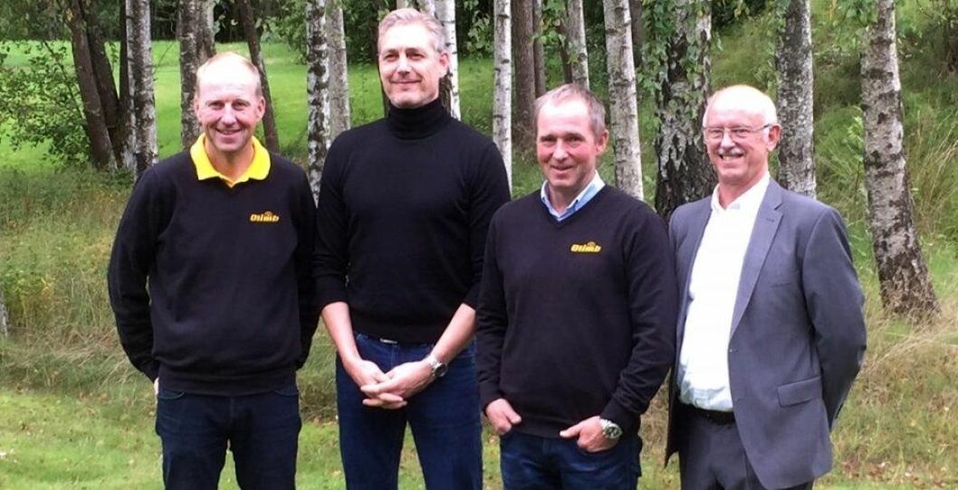 Avtalen mellom Olimb og Per Aarsleff AS ble signert i Råde i dag. Øystein og Tor-Erik Olimb signerte på vegne av Olimb, mens Peter Lystbæk og Hans Christensen signerte på vegne av Per Aarsleff AS.