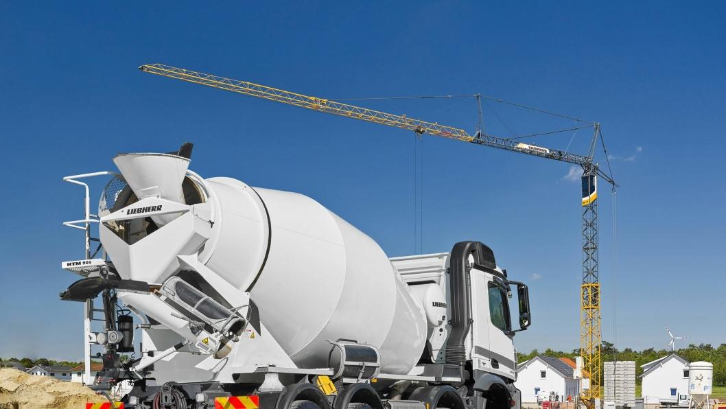 NY LIEBHERR: Den nye Liebherr betongtrommelen HTM 905 montert på 4-akslet lastebil.