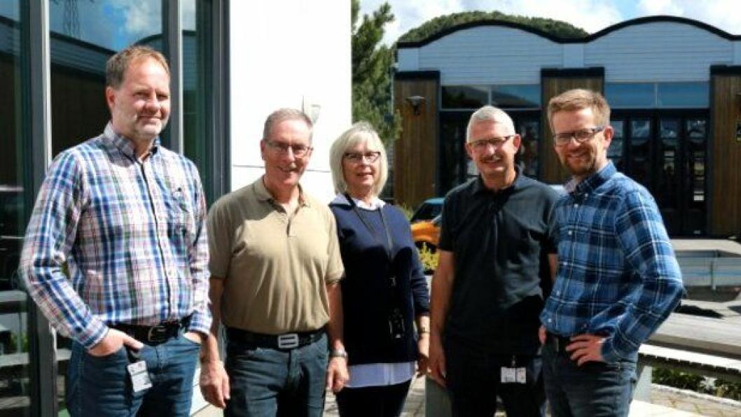 Fra venstre: Bragi Bragason, Olav Megrund, Sylvi Sæter, Kjell Inge Langlo og prosjektleder Ole Kristian Birkeland.