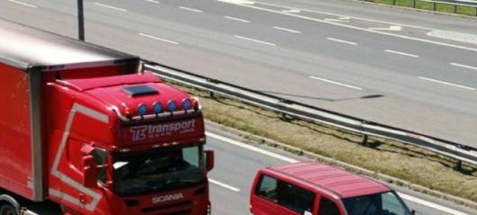 - Hårreisende at tungtrafikken ikke betaler mer