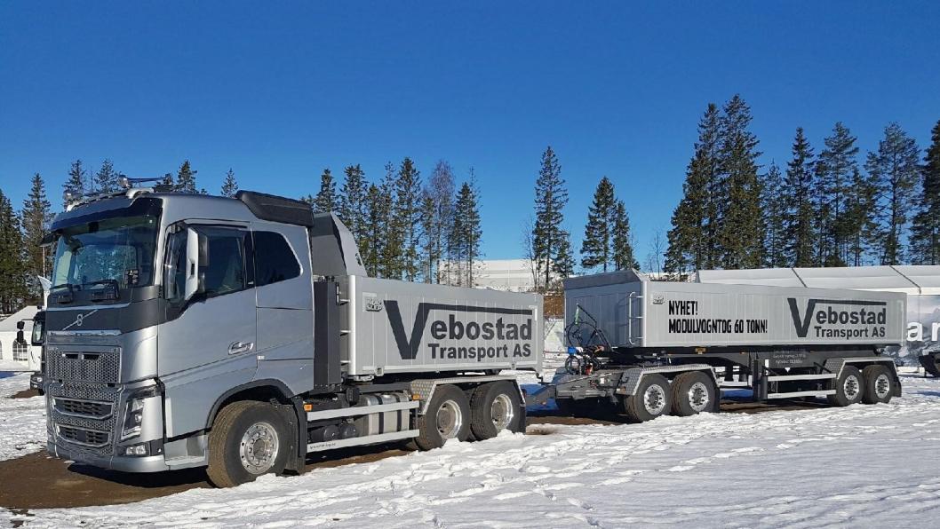 Dette settet er både en vanlig bil og et modulvogntog. Som modulvogntog er nyttelasten formidable 38,3 tonn.