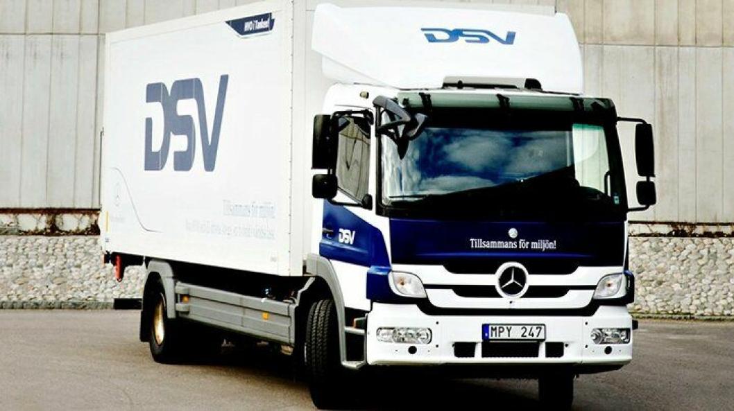 Denne hybride lastebilen testes ut på bykjøring av DSV i Malmö, Sverige.