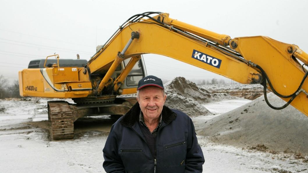 De seinere årene har Magne Berget lagt sin elsk på Kato-gravere, her 35-tonneren HD1430-LC.