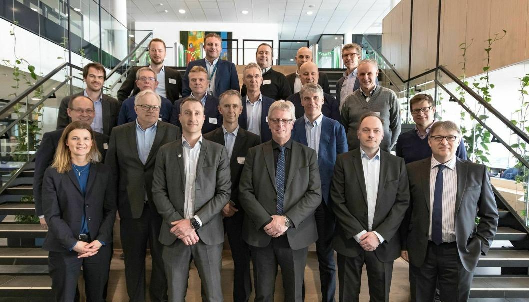 Første rad fra venstre: Camilla Krogh (Skanska), Ståle Rød (Skanska), Stein Kinserdal (SiV), Tor Arne Midtskogen (Skanska), Martin Quaid (Skanska). Andre rad fra venstre: Jostein Todal (SiV), Hans Thomas Gaarder (Skanska), Tom Einertsen (SiV), Hans Ole Haugen (CURA), Gunnar Garred (Skanska). Tredje rad fra venstre: Sverre Skarpaas (CURA), Roar Austedal (Haaland Klima), Arne Jorde (CURA), Ola Dalen (CURA), Leif Øie (CURA), Egil Sormbroen (CURA). Fjerde rad fra venstre: Espen Bjørshol (CURA), Øyvind Hagen (Bravida), Bjørn Varegg (SiV), Torkil Skancke Hansen (Assemblin), Tore Bakke (Bravida).