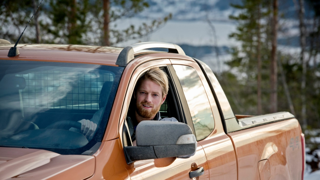 NY BIL: Eiliv Bjerkerud byttet to biler han vant i en ny pickup.