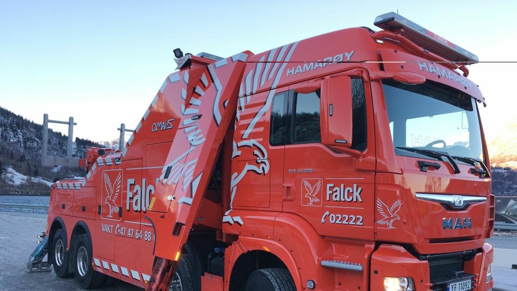 STOR: Den nye MAN 41.480-bergingsbilen til Nord Salten Auto har 8x8 med Omars bergingsaggregert.