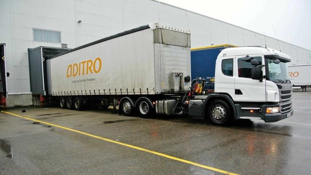 IKEAs trekkvogner og fleksibiler er fra Scania, og de har Allisons helautomatiske girkasser fra 3000-SeriesTM. Kjøretøyene er spesialkonstruerte med lowentry-hytter som er flyttet fremover.