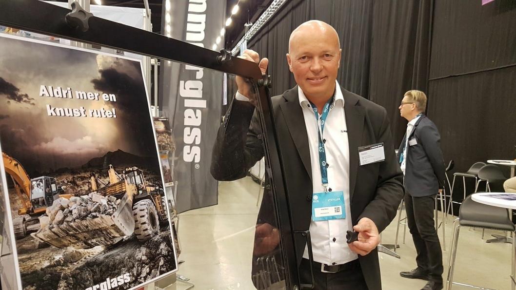 Adm. direktør i Hammerglass AB var på Arctic Entrepreneur på Gardermoen i januar 2017 med stand. Han holdt også et innlegg på sprengningsseminaret på arrangementet.