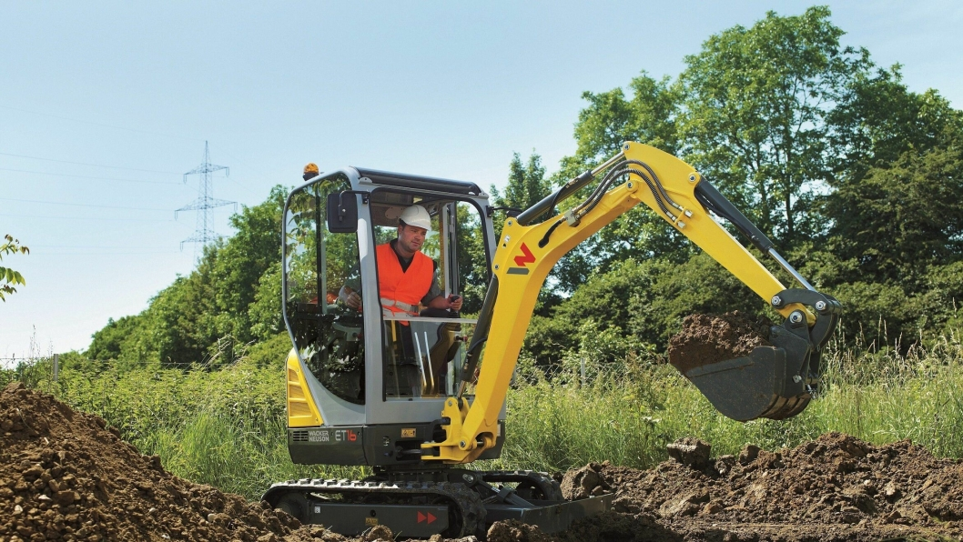 Nye Wacker Neuson ET16 veier fra 1,4 til 1,6 tonn avhengig av oppsett.
