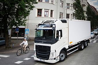 Volvo lærer opp syklister
