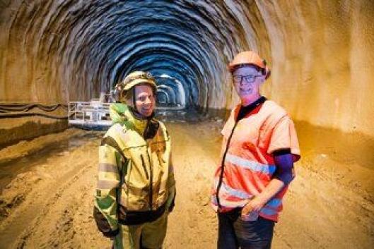 Lars Magnar Røneid, prosjektleder i Statens vegvesen «ganske sikker» på at de to maskinene som er funnet er de som ble tatt av raset.