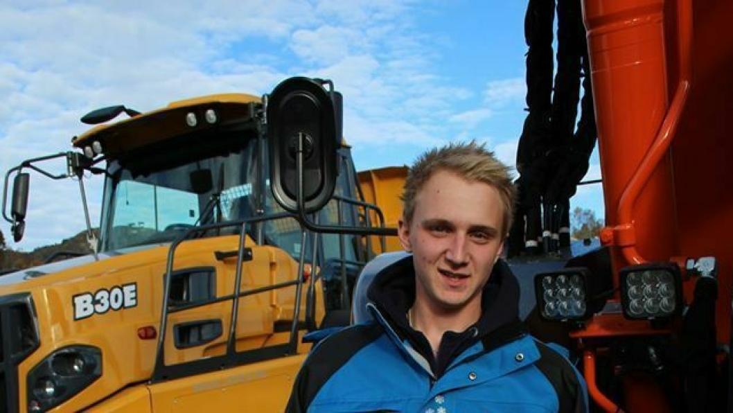 Tom Andre Høgsteggen vant NM for lærlinger innen anleggsmaskinfører-fag i Bergen 20. oktober.