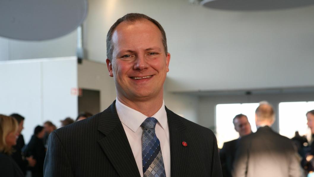 - Arbeidet med oppretting av Nye Veier AS er i rute, sier samferdselsminister Ketil Solvik-Olsen.