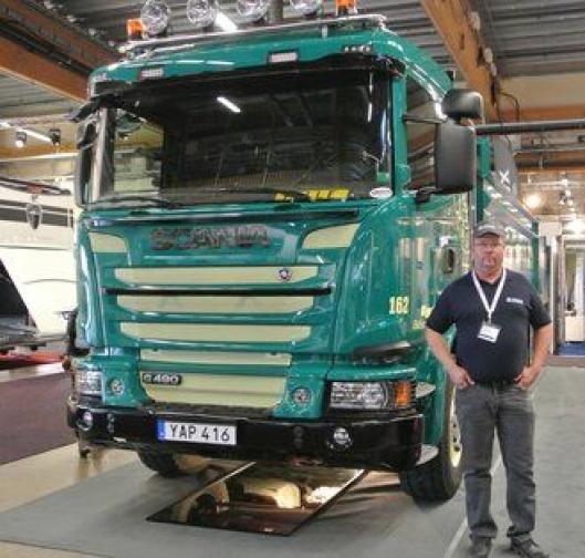 Paul Nilsson i DP Åkeri i Sverige er godt fornøyd med Allison-transmisjon, og han skal ha det når bedriftens andre lastebil skal skiftes ut også.