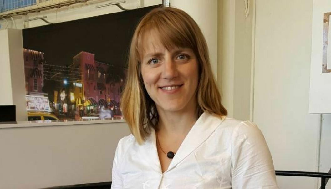 Forskningsleder Anna Pernestål Brenden ved Kungliga Tekniska högskolan i Stockholm tror selvkjørende biler kan være i ordinær trafikk i Sverige allerede neste år.