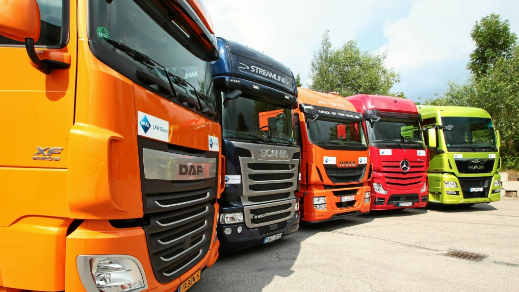Daf, Iveco og Mercedes (Daimler) er bøtelagt sammen med Volvo, mens Man slipper unna fordi de avslørte kartellet. Scania er fortsatt under etterforskning.