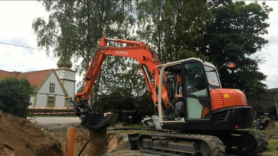 DEMO: Den nye sorteringsskuffen fra Steelwrist på en Kubota KX080-4. Kombinasjonen var på demo i Hedmark da Anlegg&Transport mottok denne pressemeldingen 24. juni.