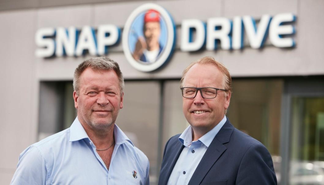 Inge Helle, daglig leder Snap Drive Kokstad og Morten Harsem, adm direktor i Snap Drive ved åpningen på Kokstad 16. juni 2016.