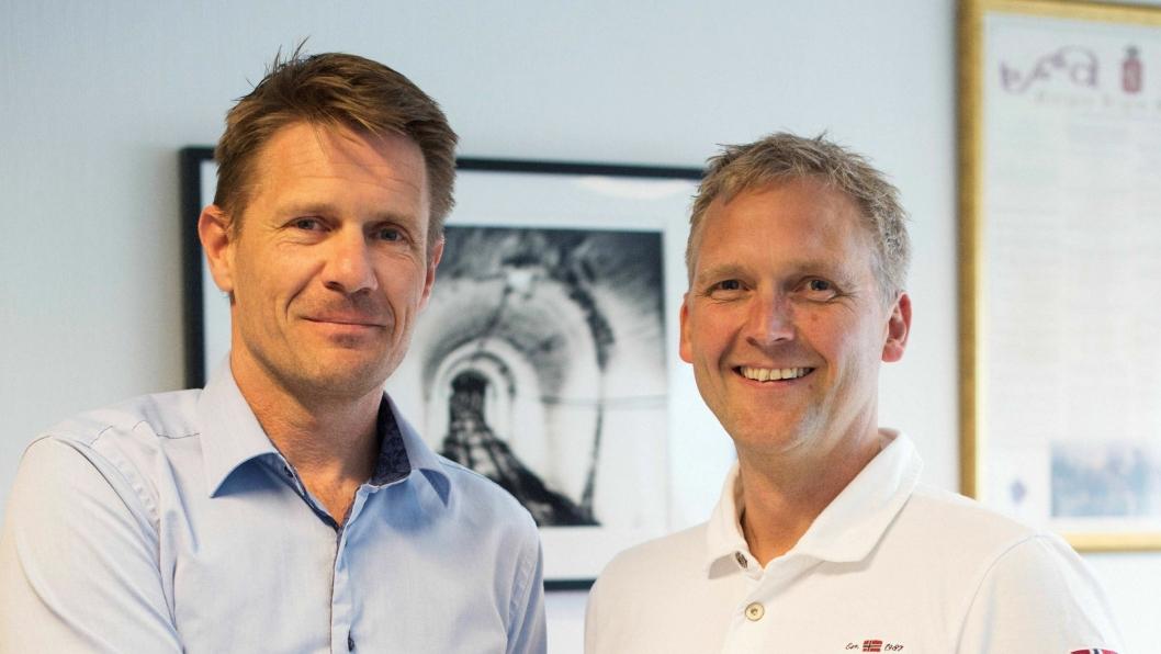 Regionssjef Eilif Rasmussen (t.v.) i Norsk Energiteknikk og Dick Vaule, salgssjef hos XL Tank med ny avtale for landsdekkende tank-salg og -service.