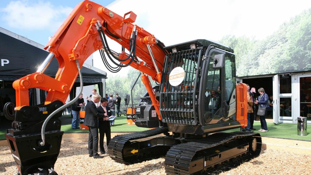 17,5-tonneren ZX135US-5 SRF er spesialkonstruert for tunnelarbeid.