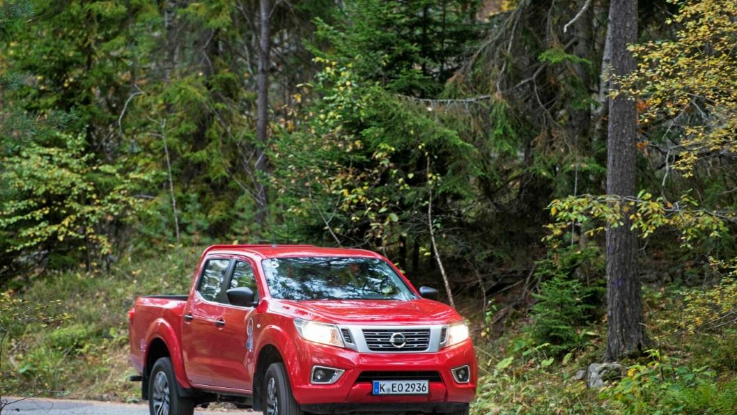 HELT NY: Nissan Navara er en helt ny bil, men slektskapet fra forgjengeren er lett synlig.