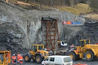 Første salve på E39-tunnel