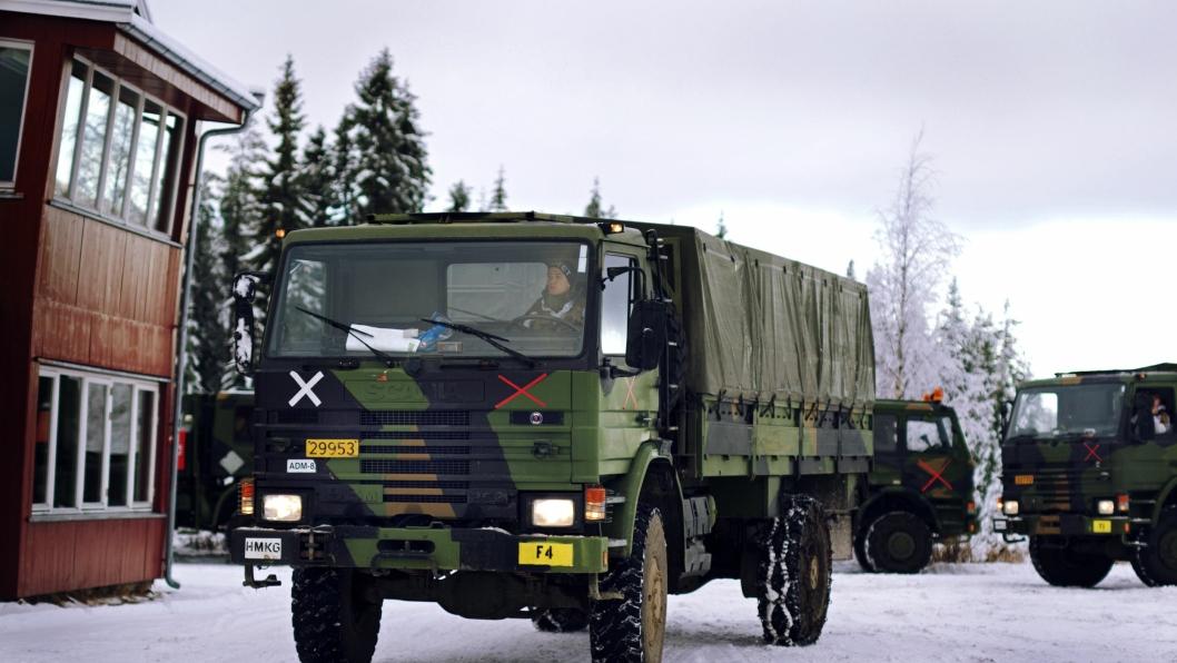 Forsvarets Scania-lastevogner begynner å trekke på årene, men skal vare enda mange år til.