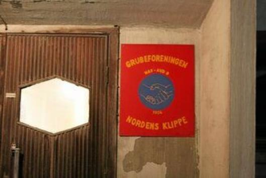 Hovedtillitsvalgt i fagforeningen Nordens Klippe, Henning Bråten, mener DNB er kyniske som tvinger Sydvaranger til konkurs nå rett før jul.