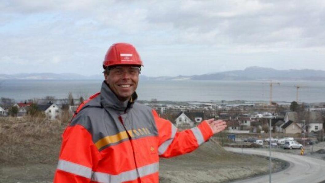 ØNSKER GOD ANVENDELSE: - Overskuddsmasser fra Strindheimtunnelen ble brukt til å bygge ny bydel i Grillstadfjæra, sier prosjektleder Harald I. Johnsen.