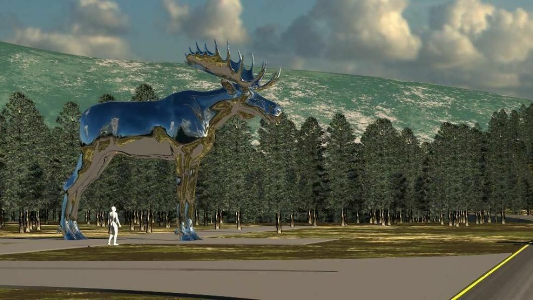 Den ti meter høye elgen er blankpolert og flere sjåfører frykter blendingsfare på stedet.