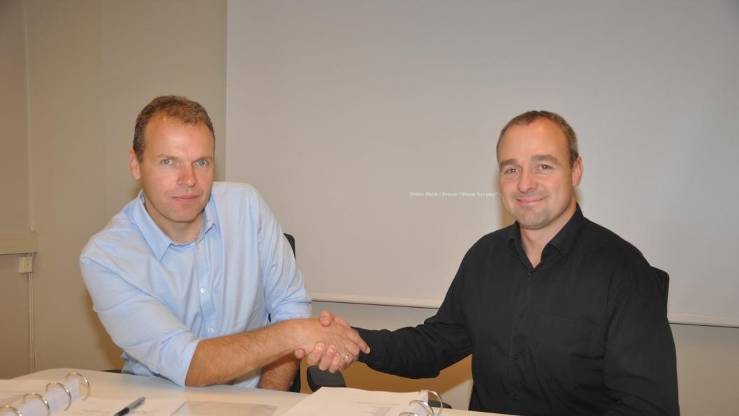 Prosjektleder tunnelrehabilitering i Statens vegvesen Region sør, Jan Helge Egeland t.v. og prosjektdirektør i AF Gruppen Norge AS, Kenneth Svendsen.
