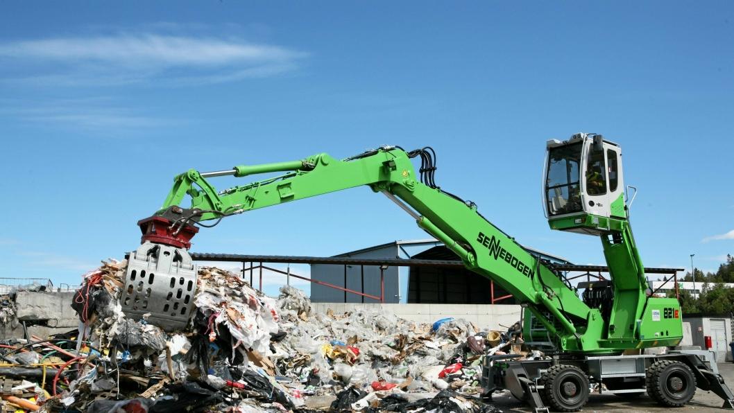 Stena Recyclings Sennebogen 821E (25 tonn) har en rekkevidde på 11 meter.