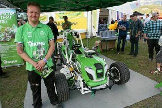 «World's fastest Viking» var utstilt på Dyrsku'n. Marius Gjevik har vært med på bygging.
