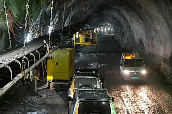 Problemer med transportbånd i tunnel