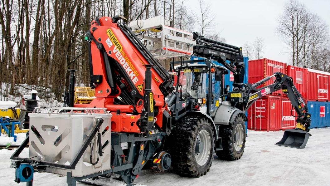 Veidekke Bane har handlet ytterligere en Lännen 8800i med jernbaneunderstell etter denne som ble levert i mars 2015.