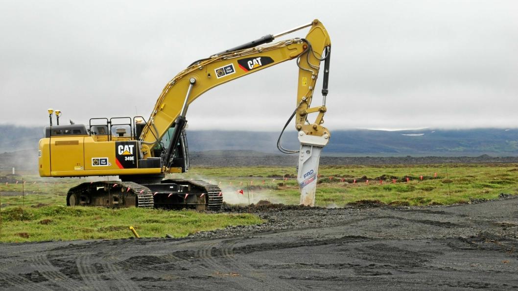 50-TONNER: Cat 349E i aksjon på Island.