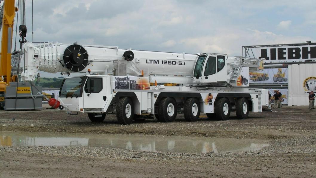 Liebherr har benyttet ferien til å lansere sin nye 250-tonns mobilkran, den sterkeste i klassen på 5-aksler, hevdes det.