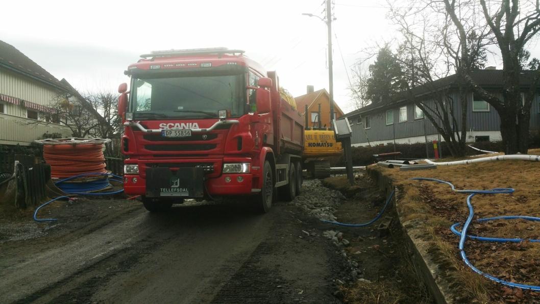 I den snøfrie delen av året brukes lastebilene i Skedsmo kommune blant annet til transporter av fyllmasser.