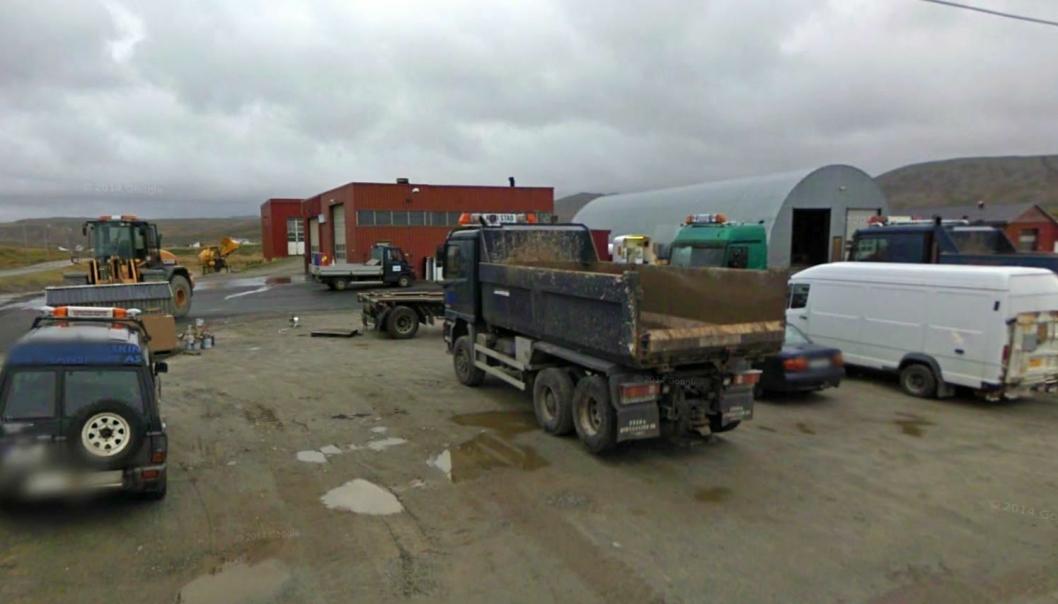 I løpet av året er det helt slutt for en av de få bedriftene i Mehamn, Karlstad Maskin & Transport AS. Eierne ønsker å selge lokalene til kommunen.