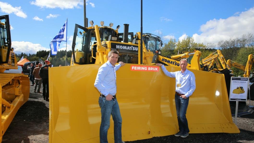 Ole Johnny Jenssen og Tom Erik Hammer melder om stor interesse for de nye dozerne, og også for det nye IMC-systemet.