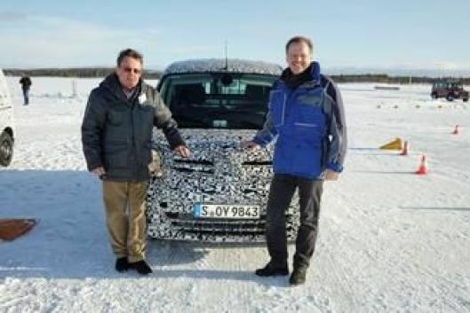 Volker Mornhinweg, sjef for Mercedes-Benz Varebiler deltar gjerne selv i testingen av nye modeller slik som her under testingen av Citan i Arjeplog før lanseringen i 2012.