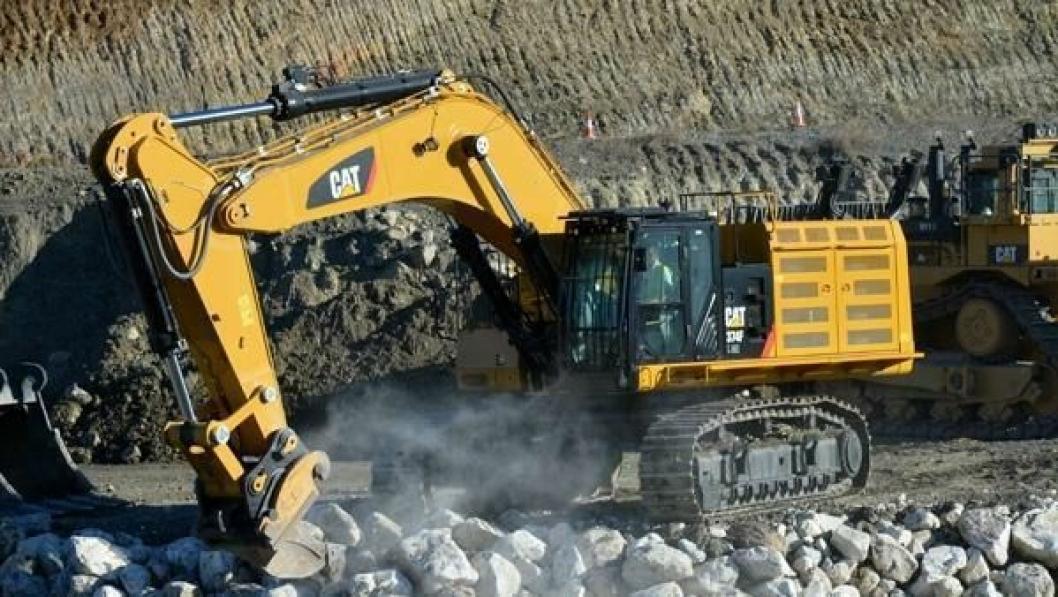 Cat 374FL på ca. 80 tonn hos K.A. Aurstad.