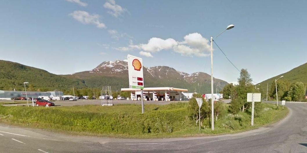 Gratis kaffe for yrkessjåfører er tilbake på menyen hos Shell i Nordkjosbotn.